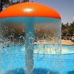 """Parque acuático """"ACUAMANÏA"""", a 150 metros del Hotel."""