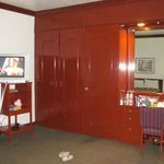 Esto es el closet vestidor y tocador