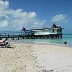 The beach & Wari Pier a-la-carte restaurant