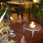 Outdoor fire pit / lounge