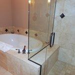 Athena tub