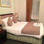 Astor Court - Double Bedroom