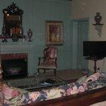 Montejurra Room fireplace, sitting area, door to balcony