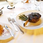 Foto de Saddles Steakhouse - MacArthur Place