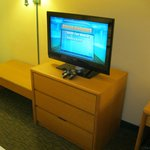 TV, Gaming system, Dressers