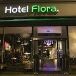 Hotel Flora Front