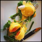 Eggs Benedict with Rocket & Asparagus