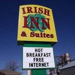 Irish Inn Suites Muleshoe Sign