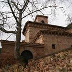 Entrada principal al monasterio
