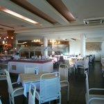 25 Ingleses-Praiatur Hotel: desayunador