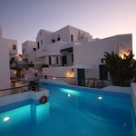 Photo de Oia's Sunset Apartments