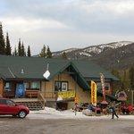 Ski Shop & Cafe