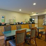 CountryInn&Suites Richmond  BreakfastRoom