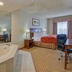 CountryInn&Suites PanamaCity  WhirlpoolSuite
