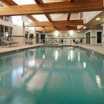 CountryInn&Suites PortWashington  Pool