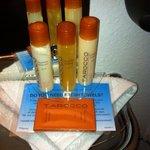 great smelling orange toiletries!