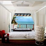 180 Degree Seaview Room