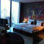 L-Suite Bed