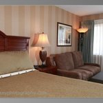 Recently renovated guestrooms, there's many choices in room types and amenities available