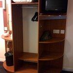 closet & shelves
