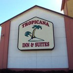 ‪Tropicana Inn & Suites Dallas‬