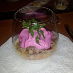 starters: beef slices on reddish cream topped with beet foam (jummy)