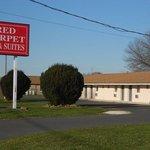 Red Carpet Inn Wrightstown NJ, Sign