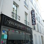 Valadon Hotel