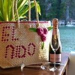 Champagne on the deck @ Lagen