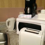Useful Kitchen amenities, Oven, Toaster, Brewer and Water Boiler