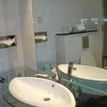 Salle de bain - lavabo & mirroir