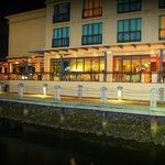 Vie bar & Resturant
