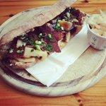 Hot korned beef & mushrooms sandwich