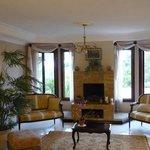 Casa Isabella - shared living room