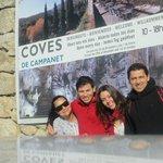 En las Cuevas de Campanet con Nanu (mi espo), Chelo y Lucas
