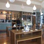 Mocha Cafe & Wine Bar照片