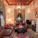 Salon in Sultan Suite