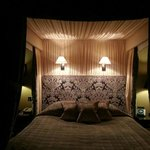 Four poster bed in Deluxe Room