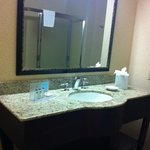 bathroom room 128