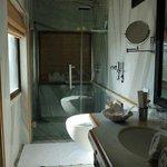Hotel Udai Kothi - Udai Kothi Suite - Bathroom (2)