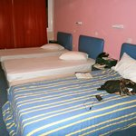 3 beds in room advertised as accommodating 4