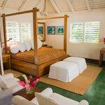 Villa 9 Master Bedroom