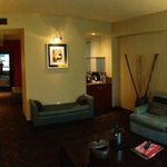 Grand Luxe Parlor Suite 1207
