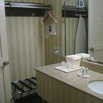 bathroom/closet