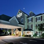 CountryInn&Suites ChattanoogaN ExteriorNight