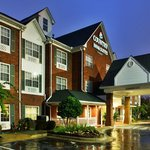 CountryInn&Suites JacksonAirport ExteriorNight
