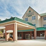 CountryInn&Suites Cartersville  ExteriorDay