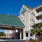 CountryInn&Suites PanamaCityBeach  ExteriorDay