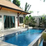 Private pool right outside the living room