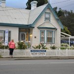 The delightful Riverview Cottage Bed & Breakfast